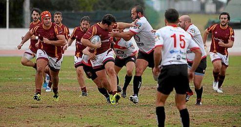 Almería y Helvetia despiden la temporada con un gran partido.