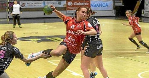 En la imagen, una de las jugadoras del equipo.