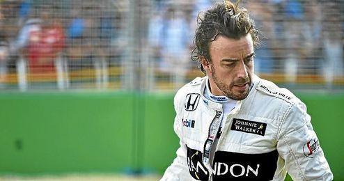 Alonso tras su accidente.