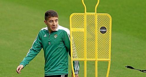 Portillo, durante un entrenamiento del Betis.