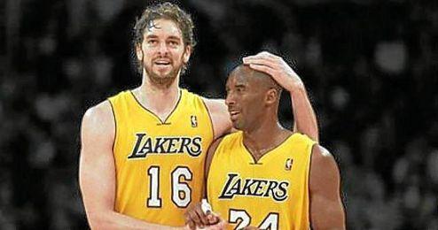Pau Gasol y Kobe Bryant, compartieron vestuario en Los Angeles Lakers y lograron tres Finales consecutivas y dos anillos de la NBA.