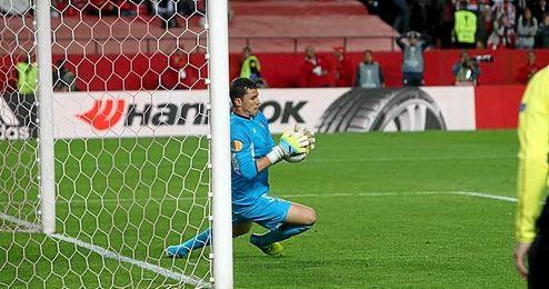 Soria atrapó el penalti lanzado por Beñat.