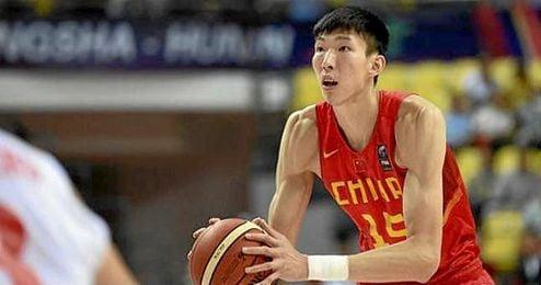 Zhou Qi, estrella de los Tigres Volantes de Xinjiang