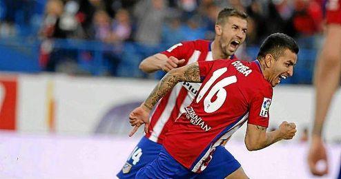 Ángel Correa celebra el gol del triunfo colchonero