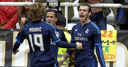 Gareth Bale celebra uno de los goles anotados en Vallecas.