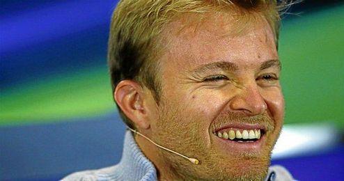 Rosberg podría estrenarse en Sochi como ganador y lograr su séptima victoria consecutiva.