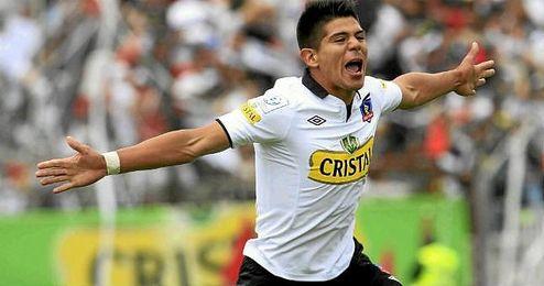 Colo Colo habría tasado a Esteban Pavez en 2,5 millones de dólares.