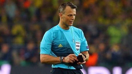 Kuipers, internacional desde 2006, arbitró la final de la Liga de Campeones de 2014.