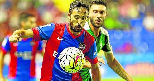 Jos� Luis Morales ha destacado esta temporada pese al descenso del Levante.