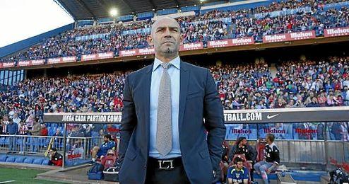 Paco Jémez se queda como opción para el banquillo verdiblanco.