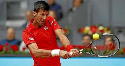 Djokovic se impuso con comodidad a Bautista