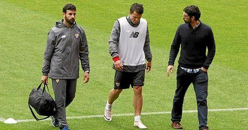 Konoplyanka deja el entrenamiento del Sevilla.