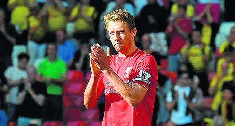 Lucas Leiva, mediocentro del Liverpool.
