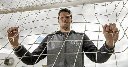 David Soria posa para ESTADIO Deportivo en la ciudad deportiva del Sevilla.