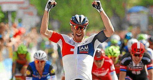 Ma�ana, se disputa la decimoctava etapa entre Muggio y Pinerolo, de 234 kil�metros.