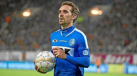 Sven Kums, en un partido con el Gent belga.