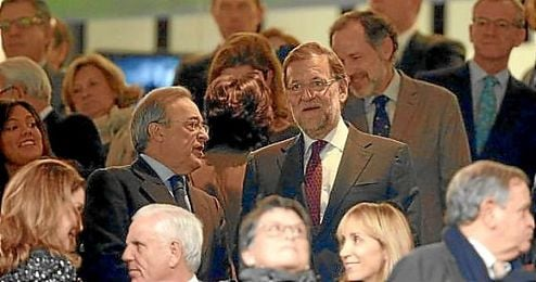 Mariano Rajoy, junto a Florentino Pérez.