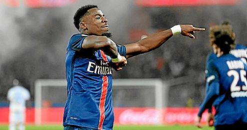 Serge Aurier, con la camiseta del PSG.