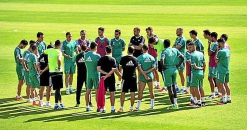 La temporada del Betis ha estado marcada por la irregularidad, los vaivenes institucionales y algunos errores en la planificación.