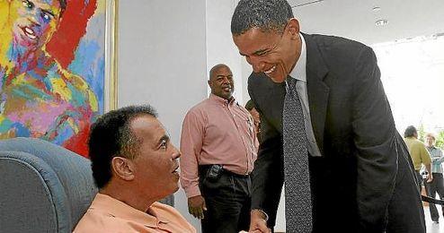 Obama, junto a Muhammad Ali.