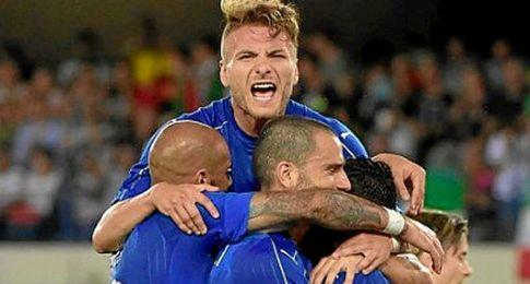 Immobile, celebrando uno de los dos goles de Italia.