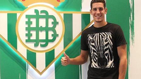 Alex Alegría hará la pretemporada con el primer equipo.