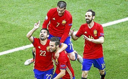 Nolito celebra su gol ante Turquía en la Eurocopa.