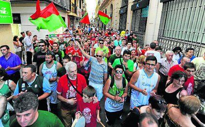 Sevilla quiere seguir en la Liga Endesa y saldr� a la calle para pedirlo.