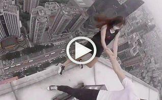 La pareja china que se ha hecho viral jug�ndose la vida