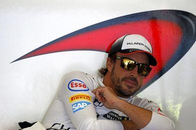 """Alonso: """"No vamos muy rápidos, si cometemos errores de EGB es frustrante"""""""