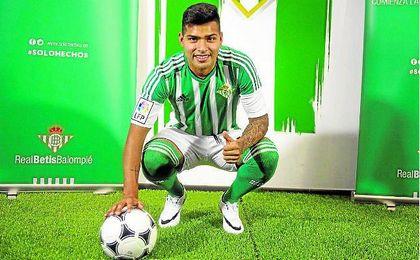 Nahuel es, hasta el momento, el último futbolista español que ha firmado por el Betis.