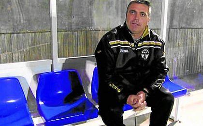Rarra deja de ser entrenador del Arahelense.