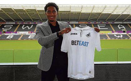 Leroy Fer, con la camiseta del Swansea.