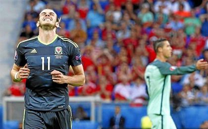 Bale lament� la eliminaci�n de Gales a manos de Portugal.