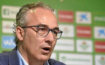 """""""Montella no se ha puesto en contacto en el Betis por Joaqu�n"""", asevera el ex del Celta."""
