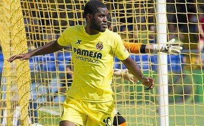 Pako Ayestarán quiere un futbolista con sus características para apuntalar el ataque.
