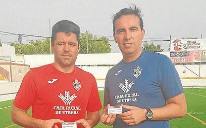 Juanjo y su entrenador, Miguel Ángel Montoya, sacaron sus abonos el primer día de entrenos.