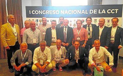 Los equipos sevillanos estuvieron ampliamente representados en la Comisión de Clubes de Tercera división, algo que les llenó de orgullo.