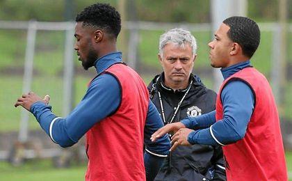 Mourinho se muestra estricto en su nueva etapa en el banquillo de Old Trafford.