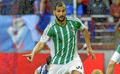 Martín Montoya jugó la segunda mitad del pasado curso en el Betis, a préstamo por el Barça.