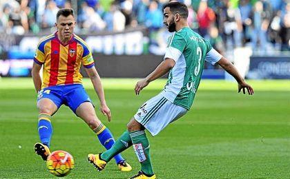 El lateral, tras no triunfar en Italia, cuajó un buen papel como verdiblanco.