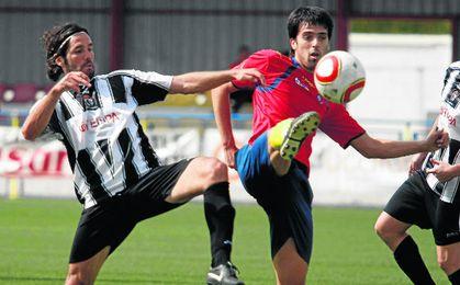 Mairena y Los Palacios volverán a verse las caras este año, lo que no hacían en partido oficial desde la 10/11, en Tercera