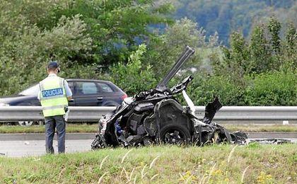 El vehículo en el que viajaban los cuatro jugadores ha quedado siniestro.