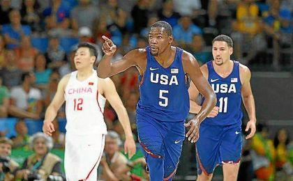Durant fue el mejor de los norteamericanos en el estreno en Río.