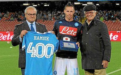 Hamsik renueva con el Nápoles hasta 2020.