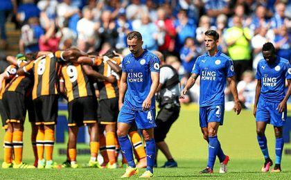 El Leicester cae por 2-1 en el KC Stadium a manos del recién ascendido Hull City.
