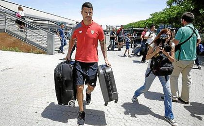 Vitolo no tiene pensado hacer las maletas por ahora, deseando ampliar su vinculación siempre que se le valore en base a su rendimiento.