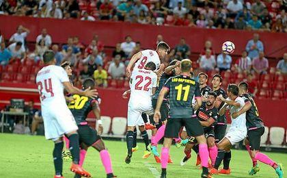 """Anotar dos goles me da mucha confianza para el futuro""."