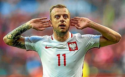 Grosicki celebra un gol con Polonia en la Eurocopa.