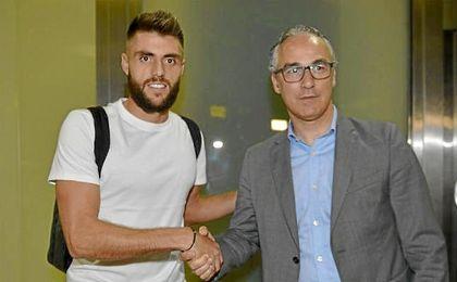 El catalán aterrizó en Sevilla a última hora del jueves pasado.